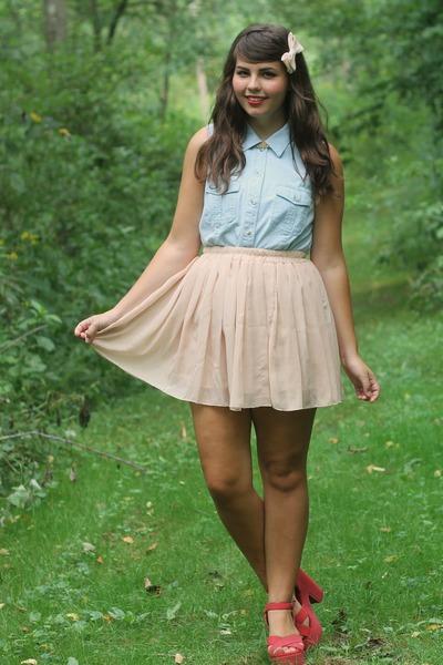 red Blowfish heels - light blue thrifted shirt - beige OASAP skirt