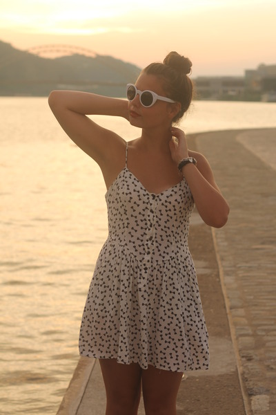 white H&M dress - white LuLus sunglasses