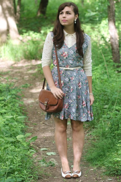 periwinkle thrifted dress - brown thifted purse - eggshell thrifted blouse