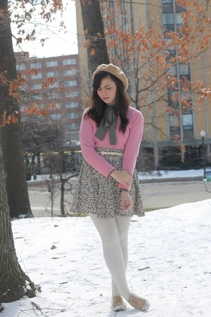 bubble gum thrifted sweater - army green thrifted blouse