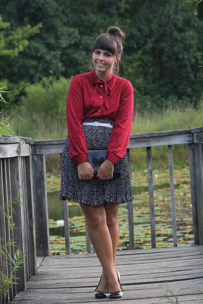 black thrifted skirt - brick red thrifted blouse