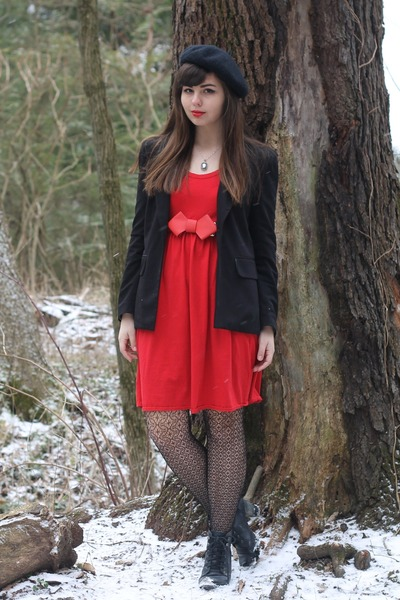 thrifted dress - forever21 blazer - leather OASAP belt