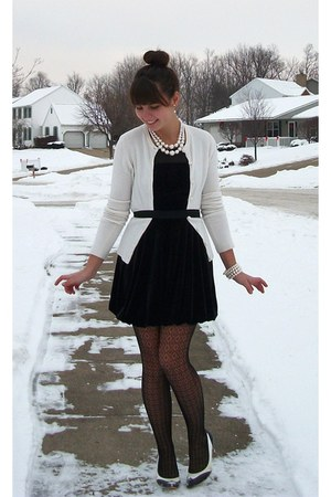 black forever21 dress - ivory thrifted cardigan - ivory thrifted accessories - b