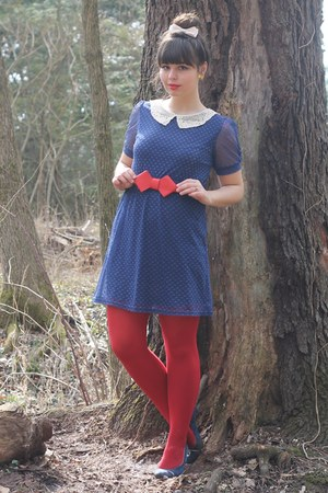 navy modcloth dress - red leather OASAP belt