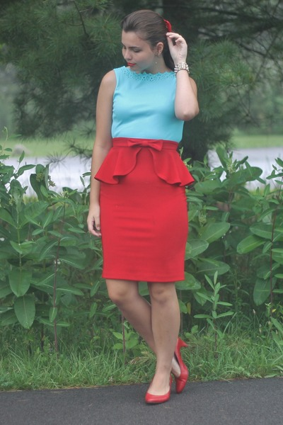 red LuLus skirt - sky blue thrifted shirt
