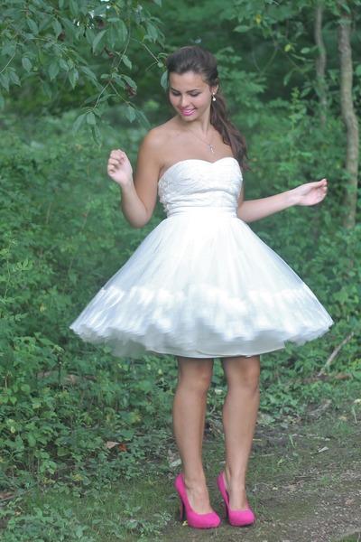 white LuLus dress - bubble gum Heavenly Couture heels