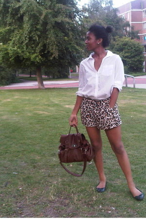 dark brown V&D bag - brown H&M shorts - white H&M blouse