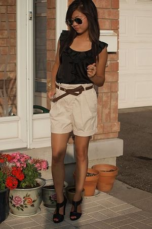 H&M blouse - Zara shorts
