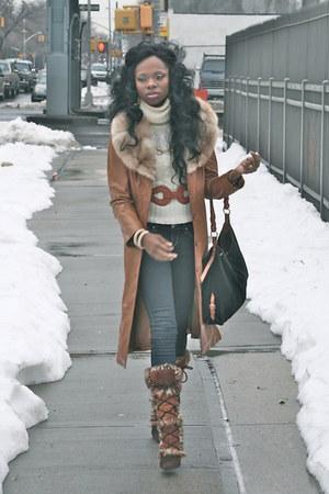 H&M sweater - Forever 21 jeans - Dooney &burke purse - Aldo boots - vintage coat