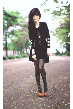 black Nefertiti dress - brown shoes - black stockings