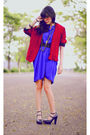 Red-thrifted-blazer-blue-dress-black-wimo-shoes