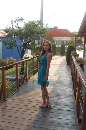 turquoise blue Bershka dress - bronze random brand sandals