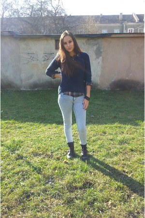 blue New Yorker sweater - gray Zara boots - silver H&M jeans