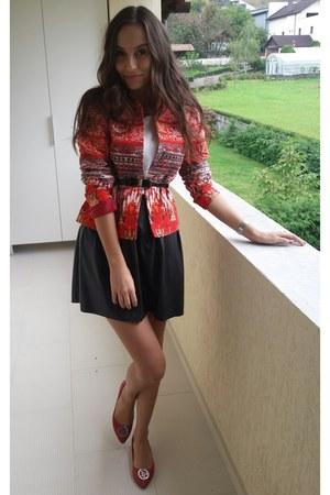 ruby red H&M jacket - H&M t-shirt - black random brand skirt