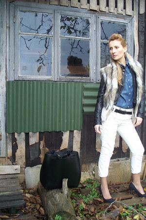 Zara jacket - H&M shoes - Levis jeans - H&M shirt - Zara bag - Zara vest