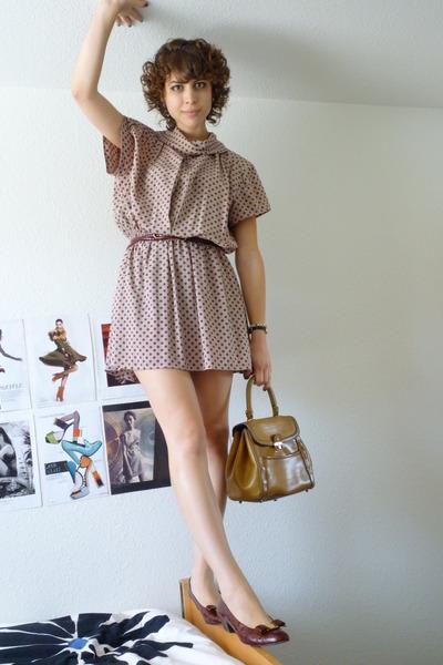 vintage - vintage belt - vintage dress - vintage shoes