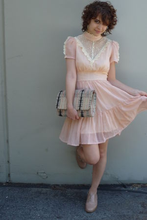 pink gunne sax lace vintage dress - oxford shoes Nude leather shoes
