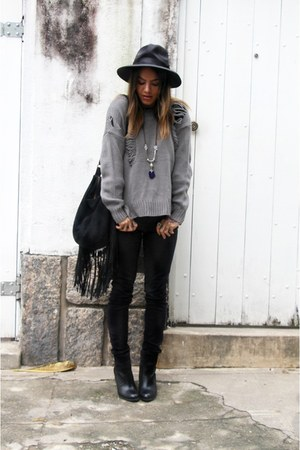 black Via Marte boots - charcoal gray She Inside coat - black Enjoei hat