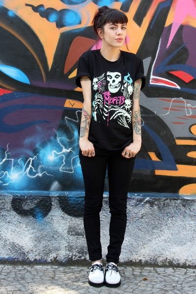 black Zara jeans - white Melissa shoes - black reverbcity shirt