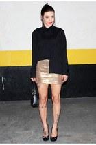 mustard c&a skirt - black Victor Hugo bag - black Zara blouse