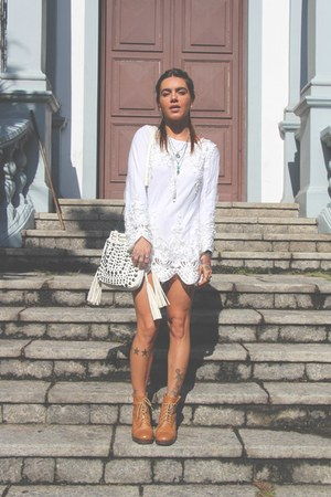 white c&a bag - bronze Reisinger boots - white ZNU blouse