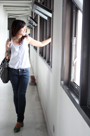 H&M top - Old Navy top - bangkok jeans - Lalanta shoes