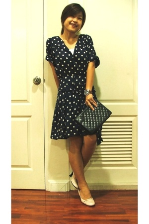 thrifted purse - thrifted shoes - thrifted dress