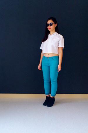 navy collette dinnigan sunglasses - sky blue Rivers pants - white DIY top