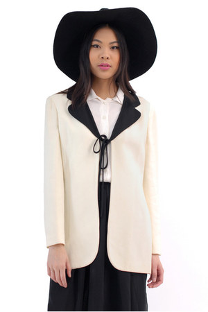 ivory Moschino Cheap and Chic blazer
