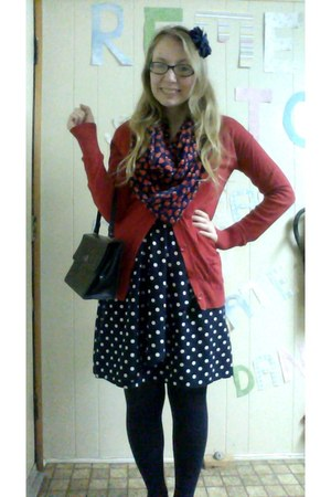 polka dot H&M dress - Old Navy scarf - navy thrifted vintage purse