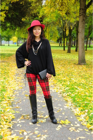 black Miss Sixty boots - black vintage sweater - red Forever 21 leggings