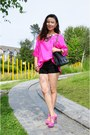 Hot-pink-silk-blouse-top-black-stretchy-shorts-bebe-shorts