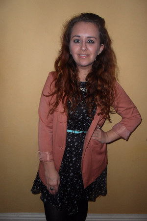 star-print Missguided dress - H&M blazer - asos belt - asos necklace