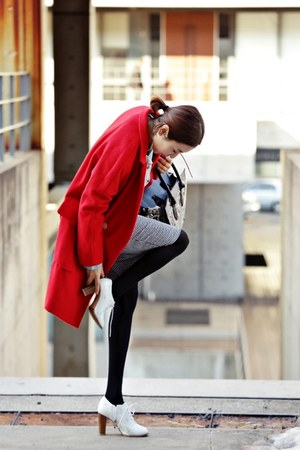 red Ssongbyssong coat