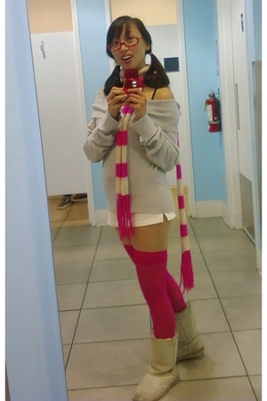 silver sweater - white shorts - pink stockings - pink scarf - boots