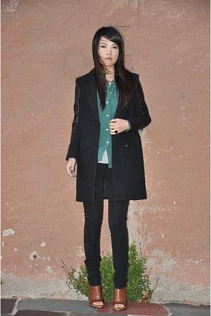 H&M coat - JCrew shirt - Gap pants - Camilla Skovgaard London wedges