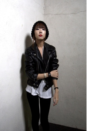 black motorcycle vintage jacket - white Urban Outfitters t-shirt
