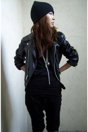 black vintage jacket - black Zara pants - black beanie H&M - black boots Payless