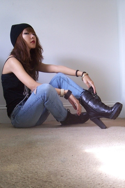 American Apparel top - Delias jeans - Guess