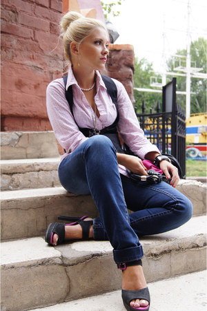 black new look vest - navy Mango jeans - bubble gum H&M shirt