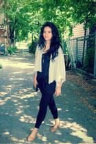 black Zara leggings - black H&M purse - black H&M top - camel Zara sandals - hea