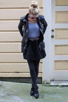 black leather Gap jacket - light blue striped H&M shirt - gray knit HUE tights -