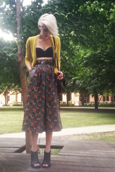 teal floral vintage skirt - black bustier Topshop bra - yellow Jcrew cardigan