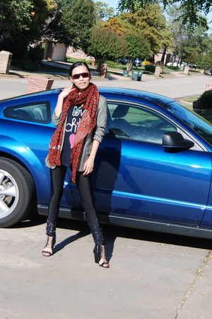 Pencey leggings - LV scarf - BBDakota blazer - Wildfox t-shirt - Aldo shoes - MJ