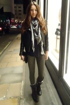Zara leggings - Chanel boots - Bershka jacket - Louis Vuitton scarf