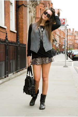 black christian dior shirt - Topshop shorts