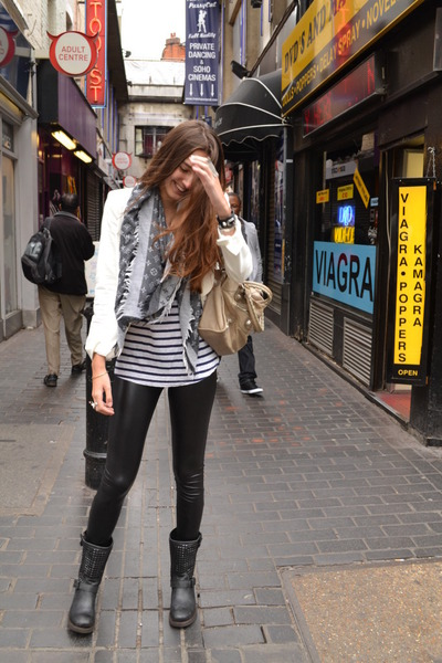 Louis Vuitton scarf - Bershka leggings - Zara blazer - white balenciaga bag