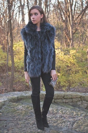 dark gray faux fur adrienne landau vest - black Burberry boots