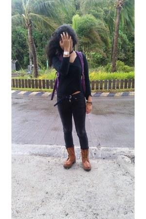 black Forever 21 sweater - tawny lace up Zara boots - white Puma socks