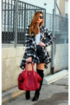 black Zara boots - brick red oversized Pour La Victoire bag - black H&M skirt